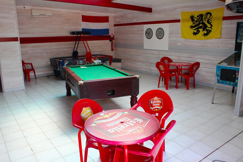 salle de jeux du bar