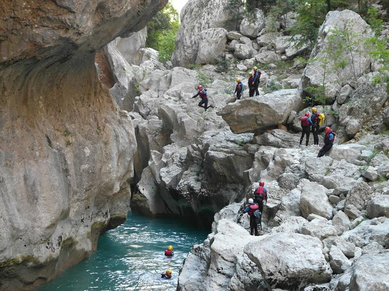 Camping pour faire du canyoning