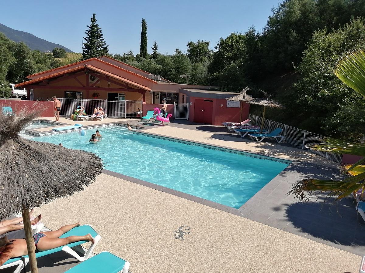 piscine du camping dans les Pyrénées Orientales